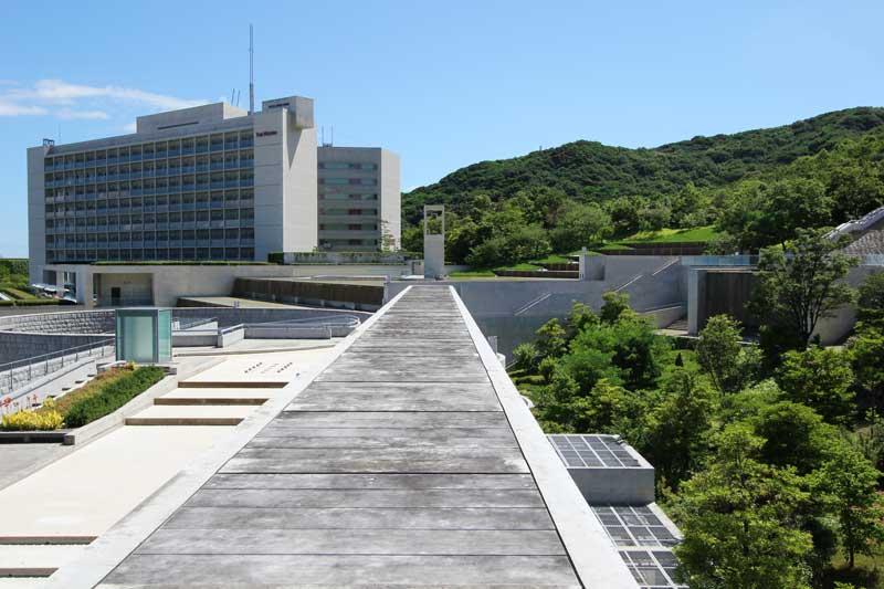 Awaji Yumebutai Oval to Chapel