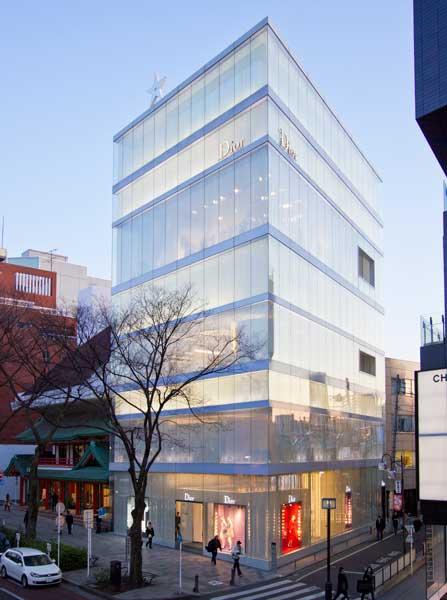 image of Dior-Omotesando evening1