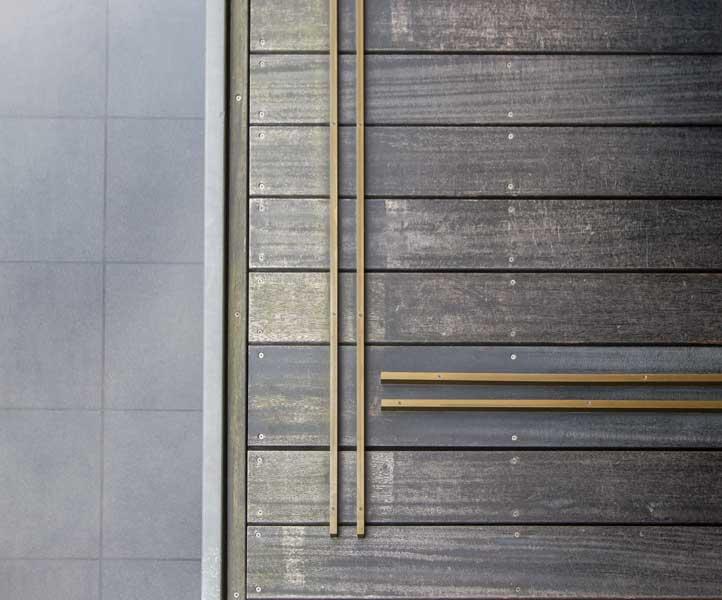 Toraya Karyo Ichijo Sliding Door Bottom Railings